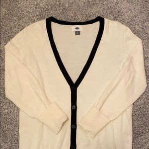 Old Navy White Button-Up Cardigan Size M